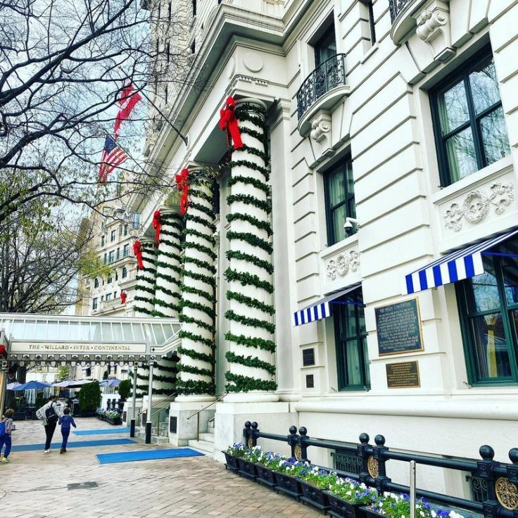 @blakehoffman1 - InterContinental The Willard Washington D.C. Holiday decorations