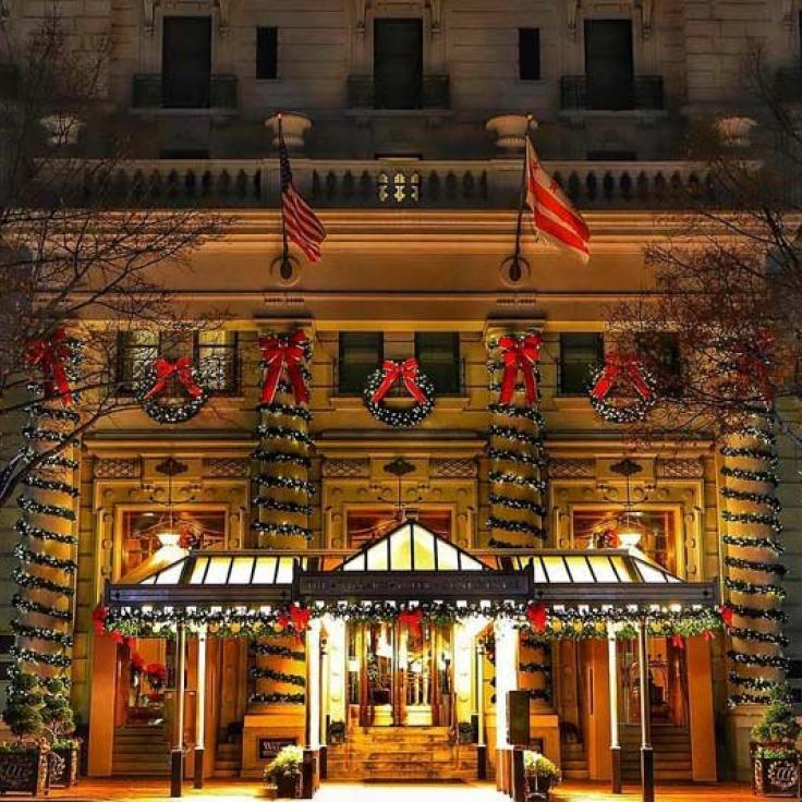 @netforceone - Historic Willard InterContinental Hotel decorated for the holidays - Where to see the best holiday decorations in Washington, DC