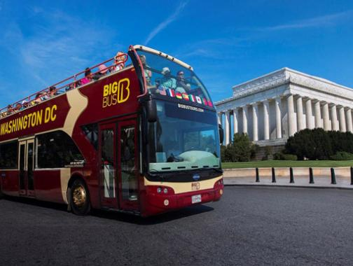 Visitors on a Big Bus Tour in front of the Lincoln Memorial - Things to do in Washington, DC